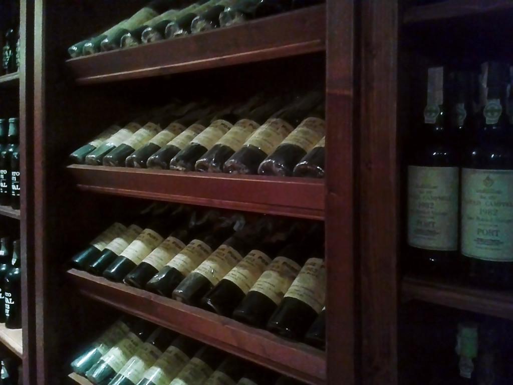 Коллекция энотеки «LA VITA E' BELLA», некоторым напиткам десятки лет!