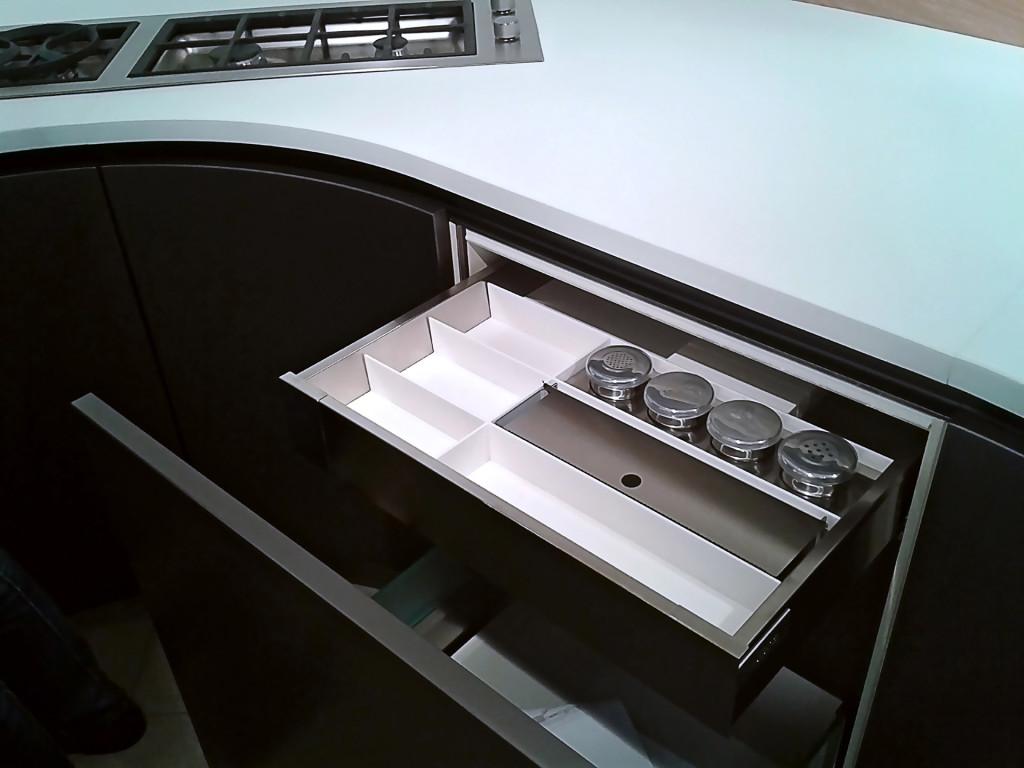Современное наполнение кухонь «ASTER Cucine»