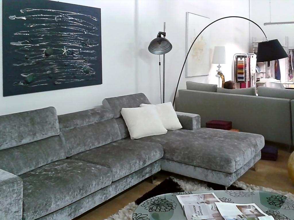 Фабрика «Max Divani» изготовит на заказ любой диван