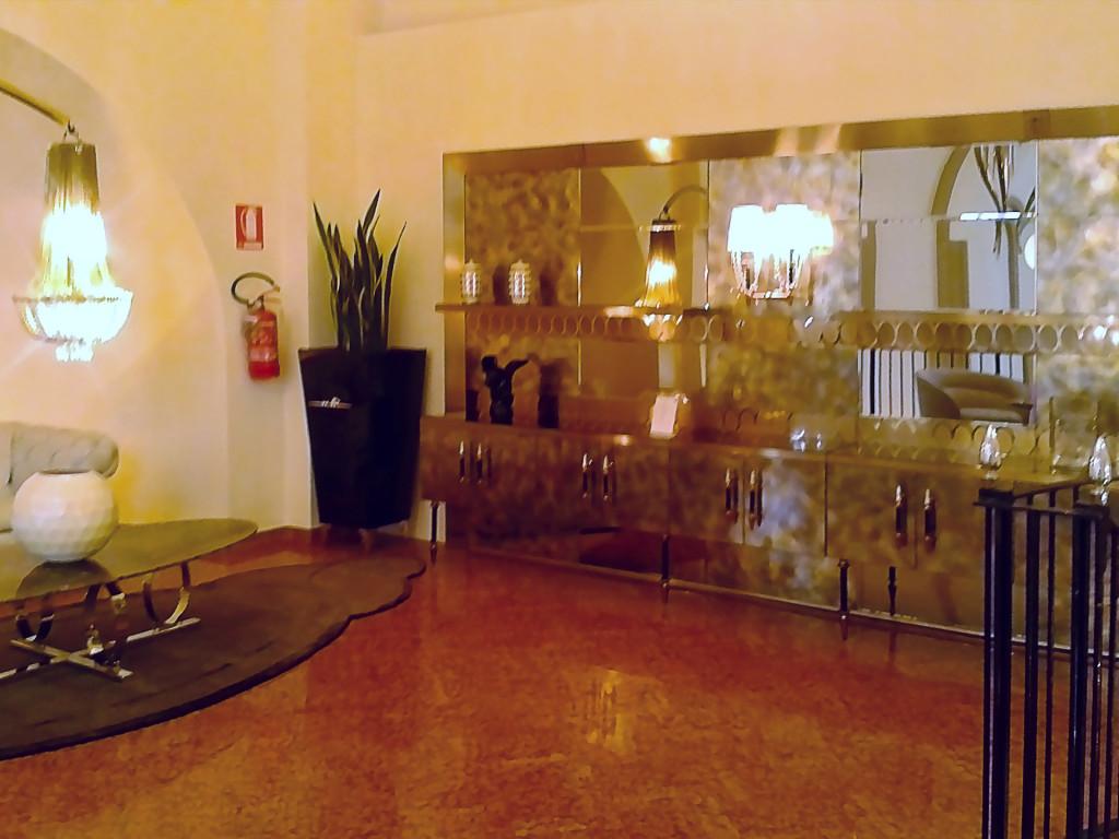 Гостиная от «IPE CAVALLI Visionnaire»