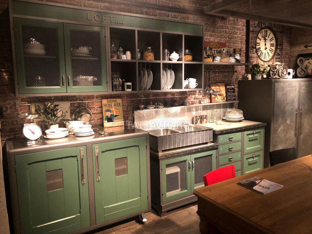 Мебель для кухни из Италии в индустриальном стиле
